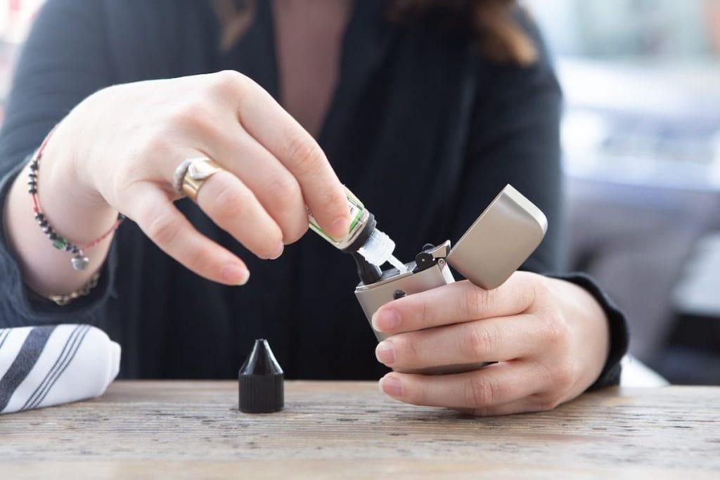 the impact of nicotine based vaping on dental health